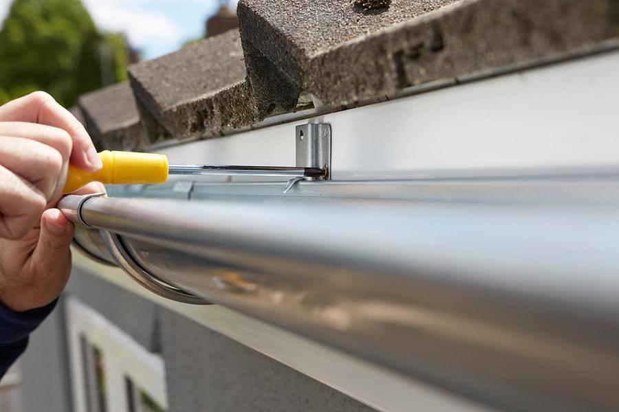 cleanest-gutters-in-wilmington-install-repair-gutters-2_orig
